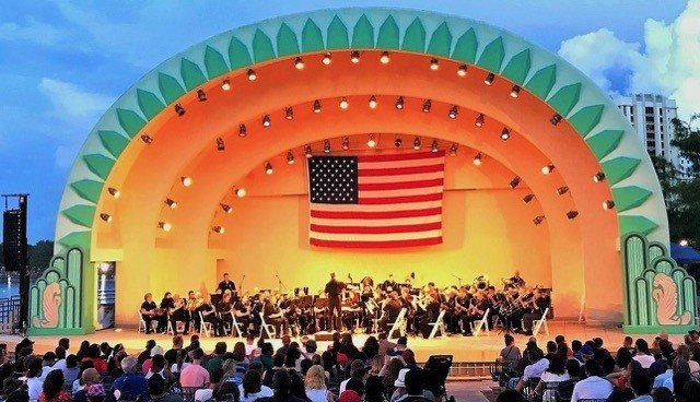 Fireworks at the Fountain – The Orlando Concert Band